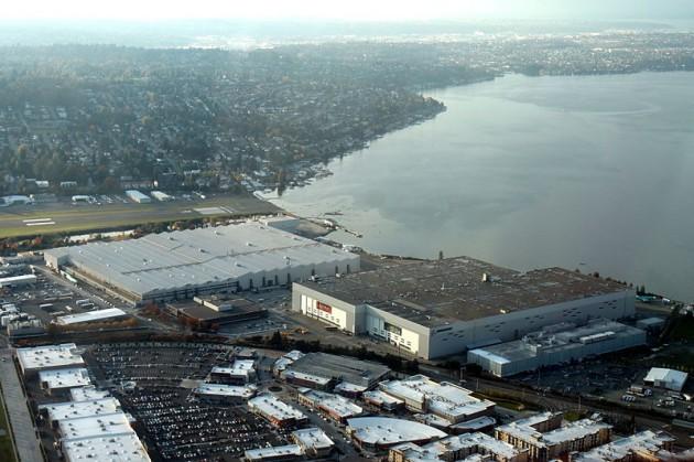 800px-Aerial_Boeing_Renton_Factory_November_2011