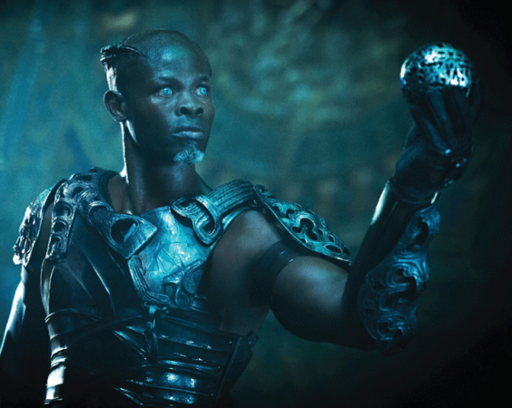 Korath (Djimon Hounsou) looks positively galactic in this fetching, fully 3D-printed armour ensemble.