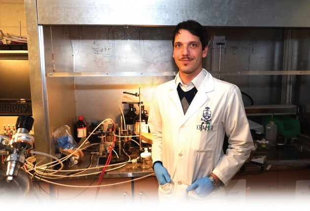 Ilan Kramer shows off his spray-on solar cell kit. PHOTO: UNIVERSITY OF TORONTO